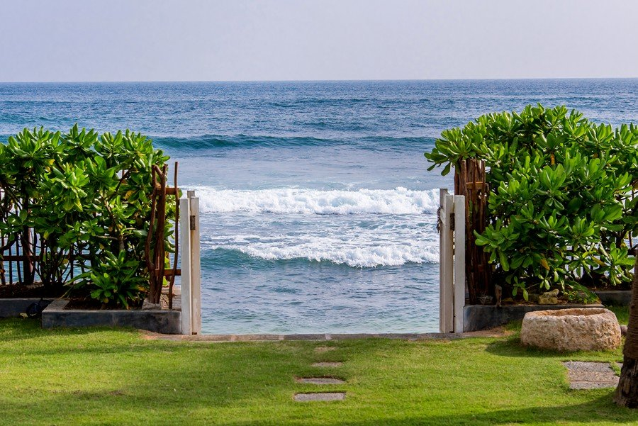villa gate towards beach