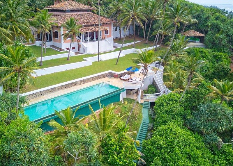 House and Pool Gardens villa mirissa