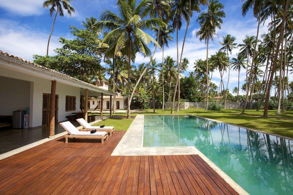 Stelle Beach house and Villas Pools Mirissa