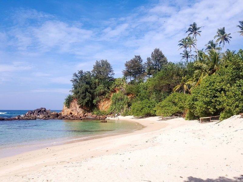 Location Ahangama Beaches near Merchant house villa