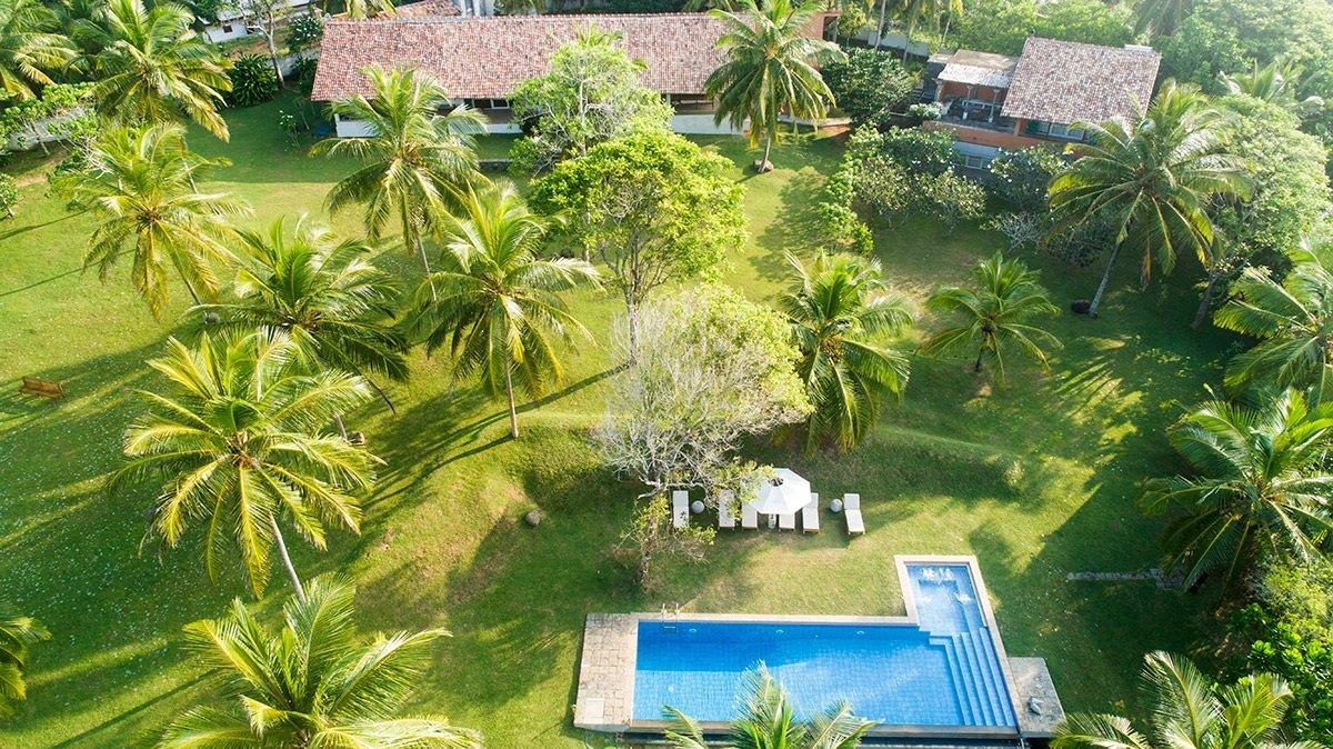 Overview of villa garden pool areas
