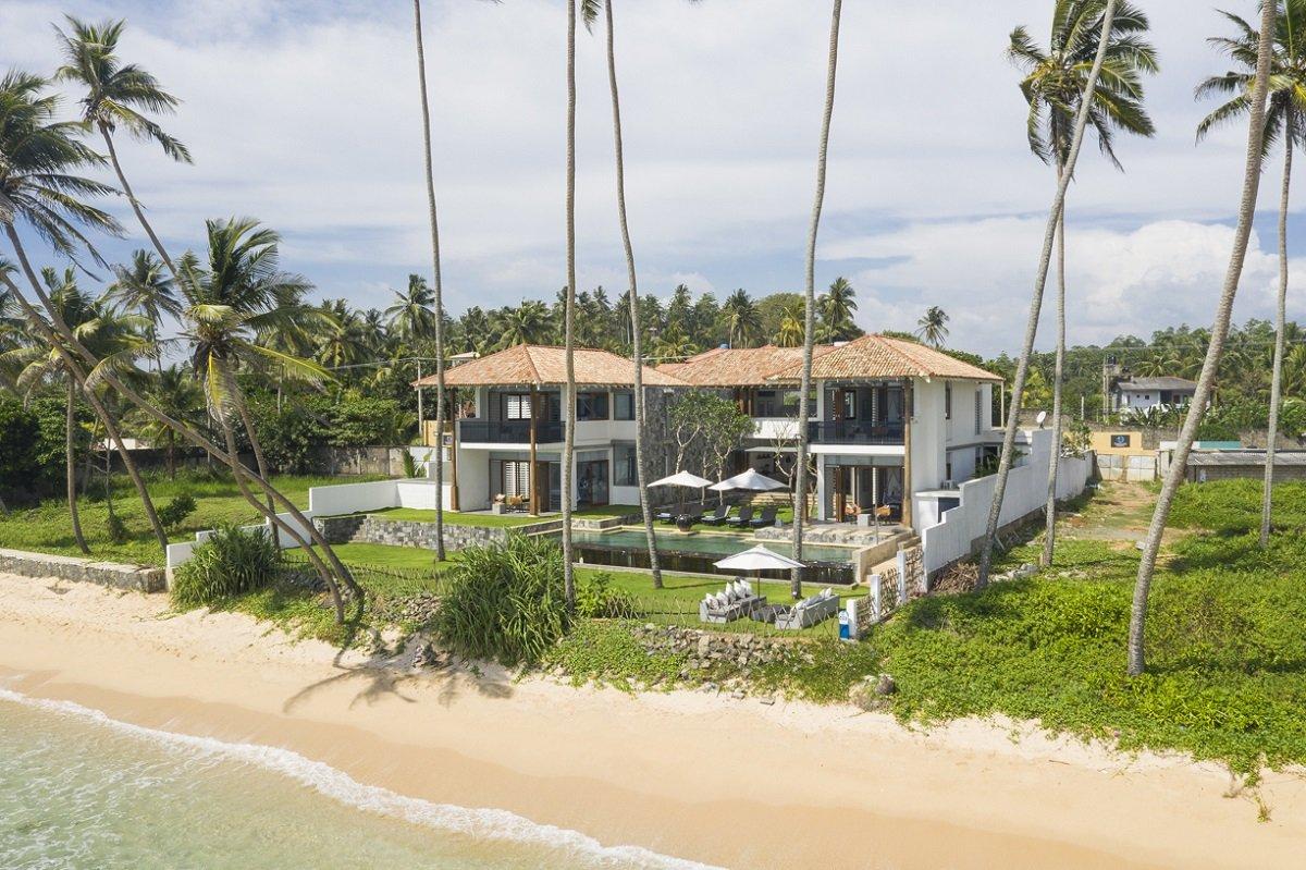 Beachfront location Saltwater villa