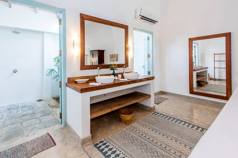 bathroom villa in weligama