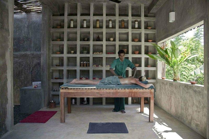 in house spa massage Kadju house