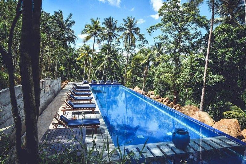 Pool Cheap budget villa Galle