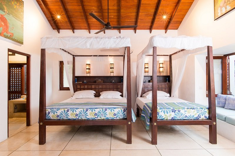 Double room with Double bed and single bed