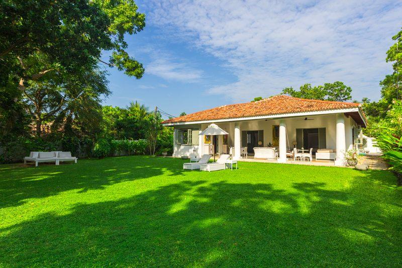 Garden Kurumba house villa Sri Lanka
