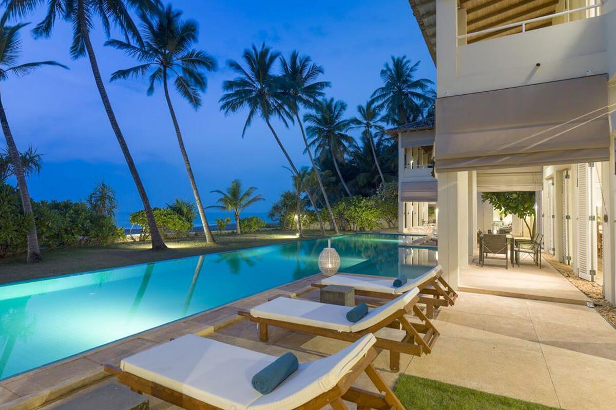 beach location Sri villas