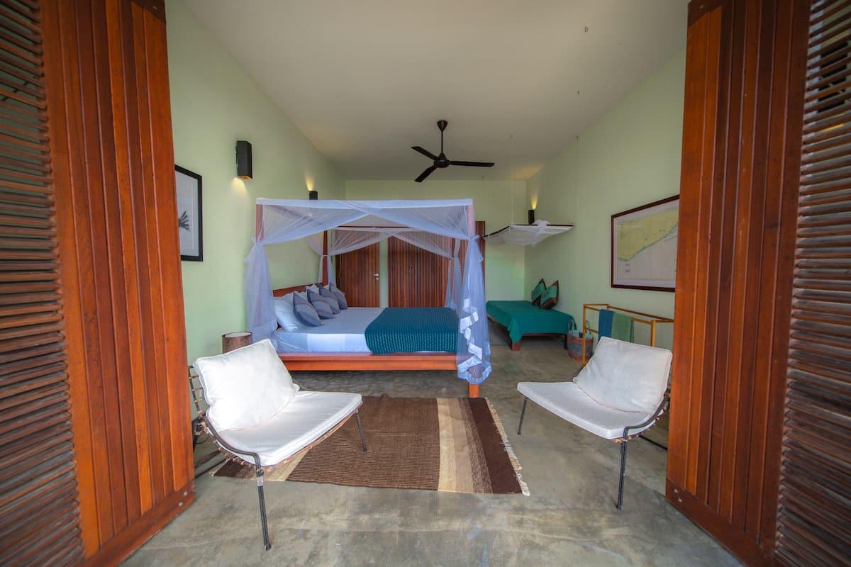 Pandanus Triple bedroom ensuite Stow house