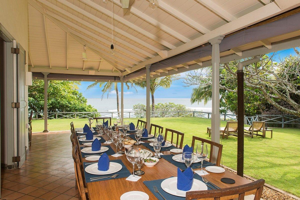 Indoor outdoor beach dining areas